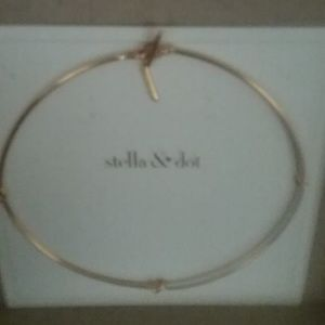 Stella & Dot Simple Knot Collar Gold Necklace